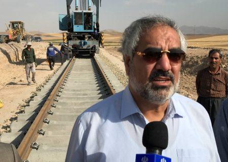 ۱۷ هزار میلیارد ریال نقدینگی برای راە آهن همدان – سنندج تامین شد