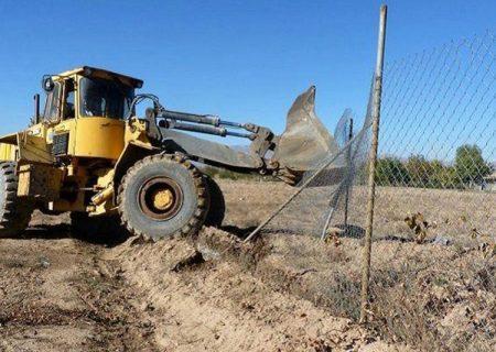 رفع تصرف ۶ هزار و ۸۰۰ متر مربع از اراضی ملی در بانه